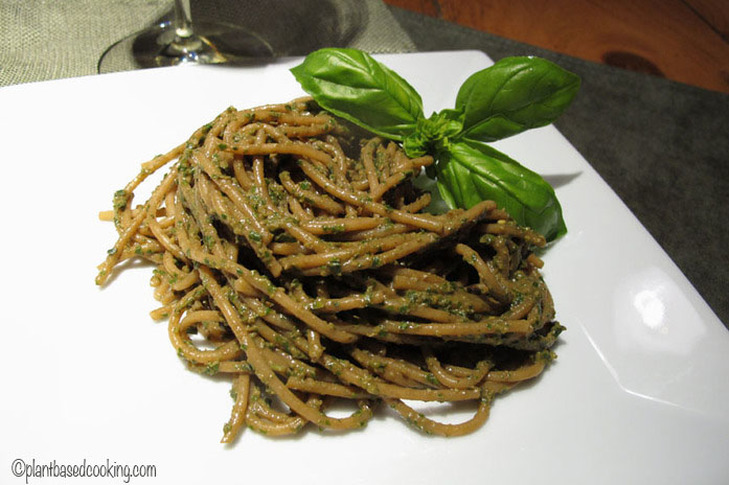 Pasta with Pesto (No Added Oil)
