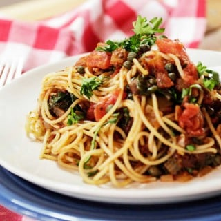 Pasta with Spinach Marinara Sauce