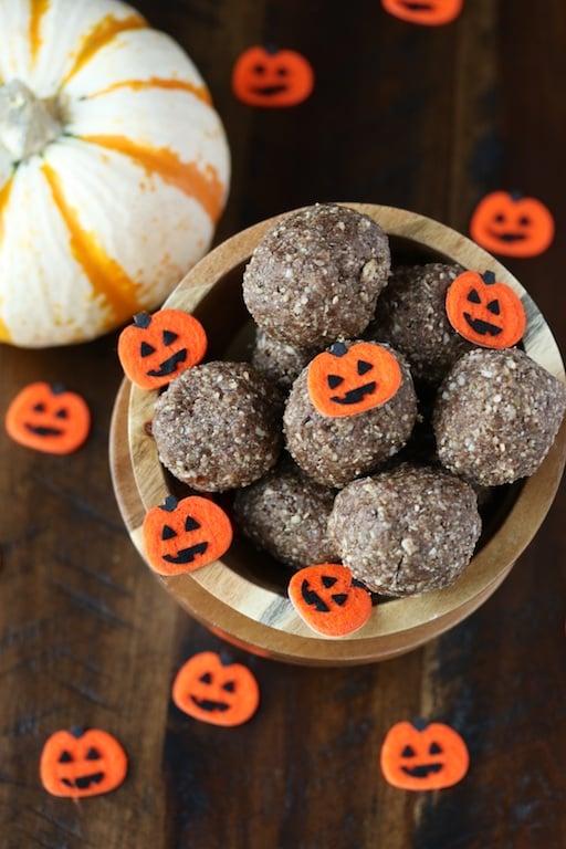raw-vegan-pumpkin-pie-bites