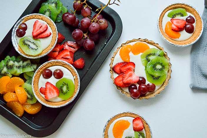 Fruit-Tart with Aquafaba Cream