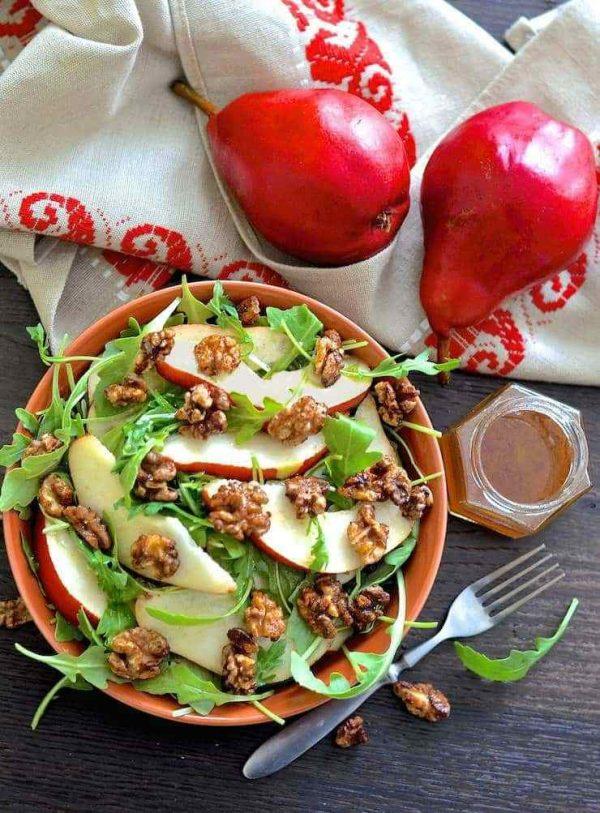 pear-walnut-salad